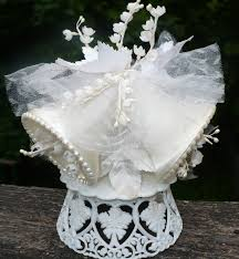 vintage wedding cake topper wedding cakes vintage wedding bell cake topper how to choose the