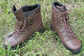 lowa s boots canada lowa gtx mountain boot in brown combat survival