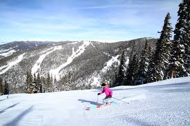 colorado luxury ski resorts theluxuryvacationguide