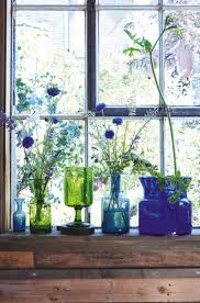 Dark Blue Glass Vase How To Decorate With Antique And Vintage Vases Homes And Antiques
