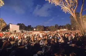 Sunset Cinema Botanic Gardens Brisbane Sightseeing Mojo Travel