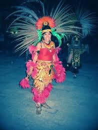 imagenes penachos aztecas penachos aztecas mujeres google search aztec pinterest aztec