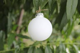 factory sale frosted white glass ornament balls
