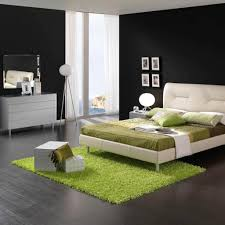 Grey Colors For Bedroom by Black And White Bedroom Decor White Grey Color Covered Bedding