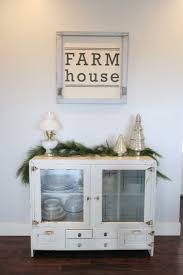 farmhouse christmas tour from blacktop to dirt road