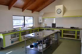 lodge kitchen bell lodge motel u0026 backpackers tauranga new zealand reviews