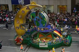 scouts float at the macy s thanksgiving day parade