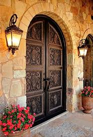 Spanish Home Design by Best 25 Spanish Style Homes Ideas On Pinterest Spanish Style