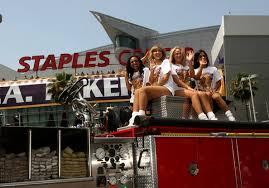 los angeles lakers nba finals championship victory parade zimbio