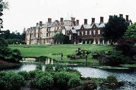 Queen Elizabeth Ii House Murder At Queen Elizabeth U0027s Country Estate In England Csmonitor Com
