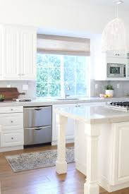 What Color White For Kitchen Cabinets Kitchen How To Decorate A White Kitchen Kitchen Color Ideas With