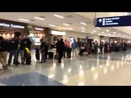 American Airlines Help Desk American Airlines Customer Service Line At Dfw Youtube