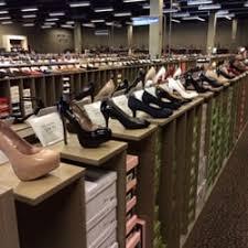 designer shoe outlet dsw designer shoe warehouse 22 photos 30 reviews shoe stores