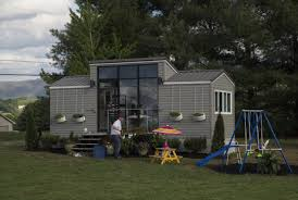 tiny house show tiny house nation jeff and chelsea lifeedited