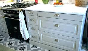 poignee de meuble cuisine poignace placard cuisine bouton placard cuisine bouton de porte de