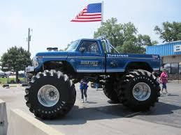 call arts bigfoot monster truck logo