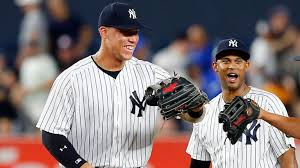 aaron judge or aaron hicks that is the rightfield question for