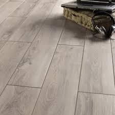 carrelage chambre imitation parquet carrelage sol et mur gris clair effet bois l 15 x l 90 cm