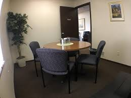 private meeting room for 3 at the conference place inc liquidspace