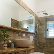 piastrelle in pietra per bagno bagni in pietra e legno iz23 pineglen