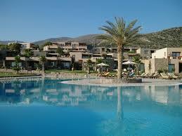 chambre avec piscine séjour en crète hébergement dans un hôtel de luxe avec piscine