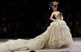 Wedding Dresses 2011 Summer Wedding Dress Show At China Fashion Week Cctv News Cntv English
