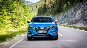 renault kadjar vs nissan qashqai nissan qashqai 2017 facelift review by car magazine
