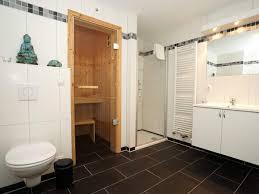 sauna im badezimmer badezimmer mit sauna und whirlpool nifty auf moderne deko ideen mit 6