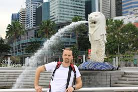 singapore lion singapore found the merlion half mermaid half lion