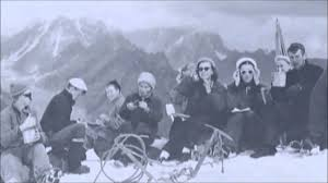 dyatlov pass incident photo sharing korzet
