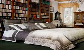 How To Decorate My House Gallery Of Best Ways To Decorate Your Bedroom Chic Bedroom Design