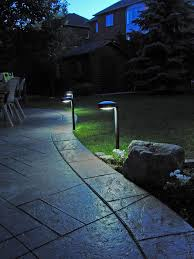 pathway solar light disc2 by free light white outdoor
