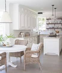Cottage Kitchen Decor by Cute And Quaint Cottage Decorating Ideas White Cottage Kitchens