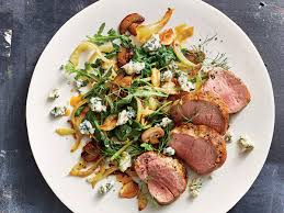 pork tenderloin with mushrooms fennel and blue cheese recipe