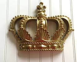 Metal Crown Wall Decor • Walls Decor