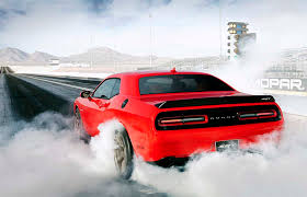 charger hellcat burnout first drive 2015 dodge challenger 2015 dodge challenger srt hellcat