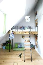 location chambre de bonne 16 chambre mezzanine enfant mezzanine chambre enfant chambre combles