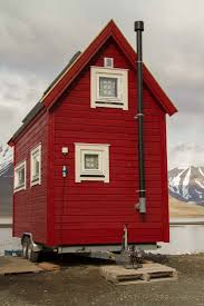 simple how to build a tiny house red houses tiny houses and