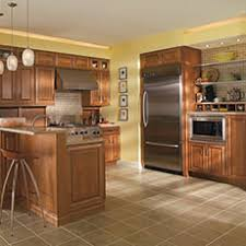 what color goes best with maple cabinets maple cabinets choosing a wood masterbrand