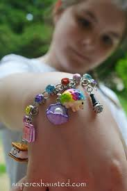 girl with bracelet images Charm it review jpg
