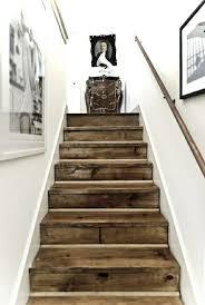 treppe dekorieren die besten 25 treppenaufgang gestalten ideen auf