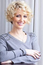 219 best hairstyles for women over 40 images on pinterest