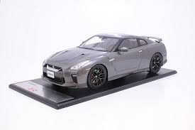 nissan gtr model car tarmac works 1 18 nissan gt r my2017 dark metal gray t11 mg