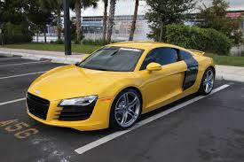 Audi R8 White - audi r8 would be prettier in white with red accents but still