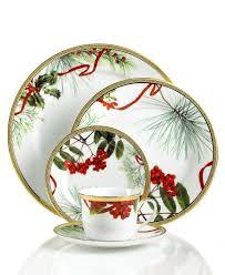 christmas dinnerware 232 best vaisselle de noël christmas dinnerware images on