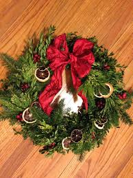 how to make your own evergreen holiday decorations di stefano
