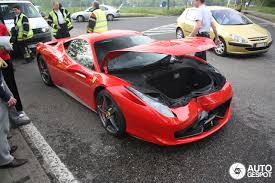 crashed red lamborghini 458 italia involved at crash