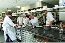 enfer en cuisine dans les coulisses des restaurants l enfer en cuisine