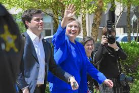 Hillary Clinton Hometown Ny by Hillary U0027s Homecoming Clinton Draws Support Protests In Park
