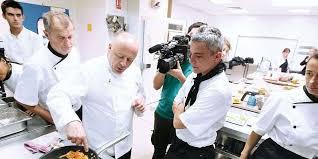 emploi chef de cuisine bordeaux le chef thierry marx donne des cours de cuisine à des demandeurs d